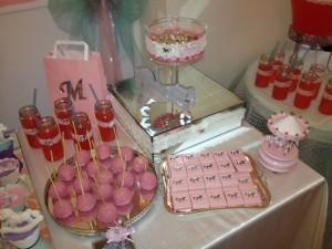 Melina'nın 1 Yaş Partisi Şeker Masası